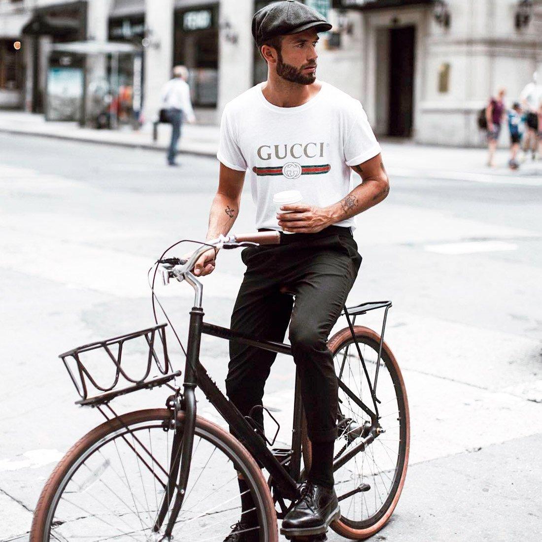 Simple plan: образы с базовой футболкой