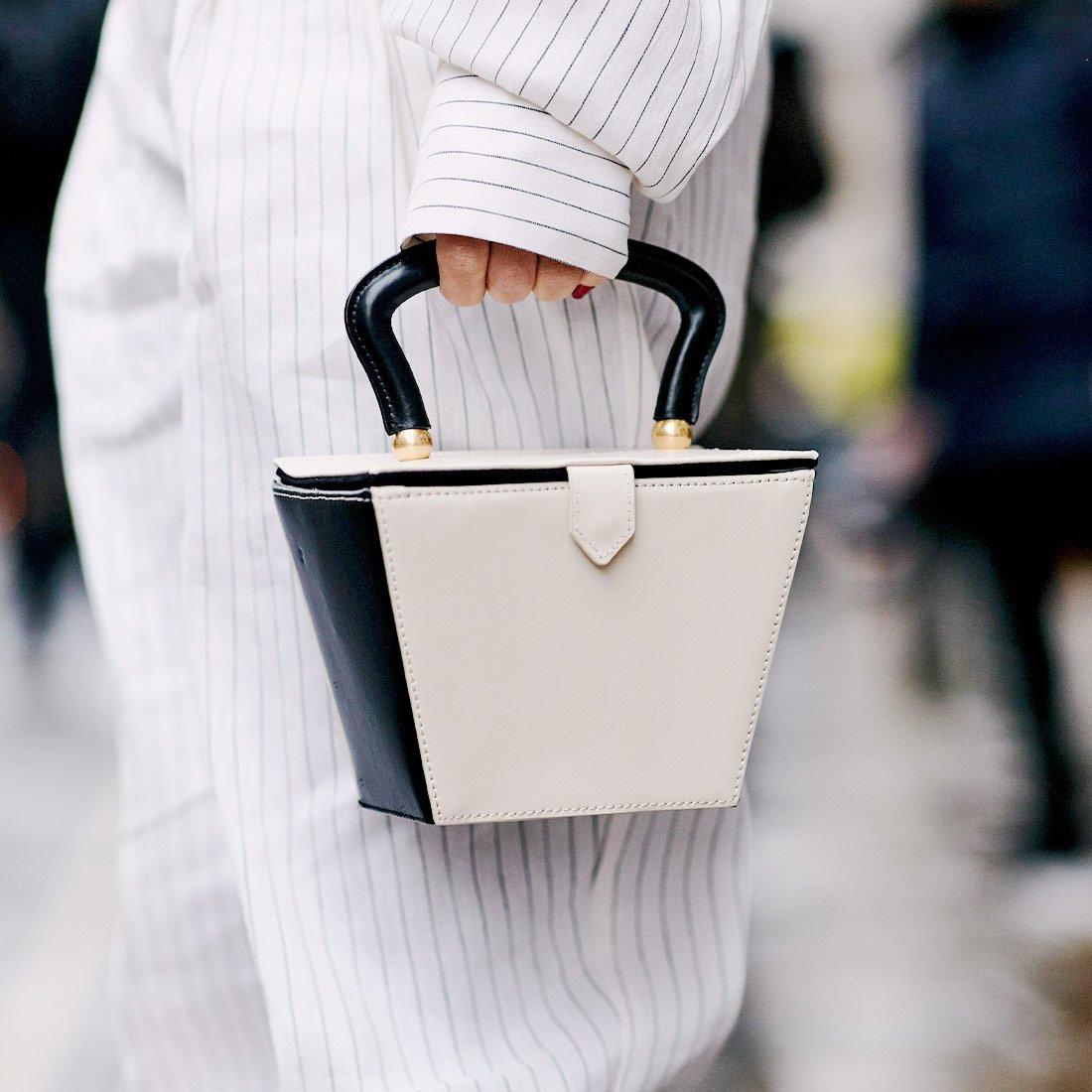 Хит сезона: bucket bag