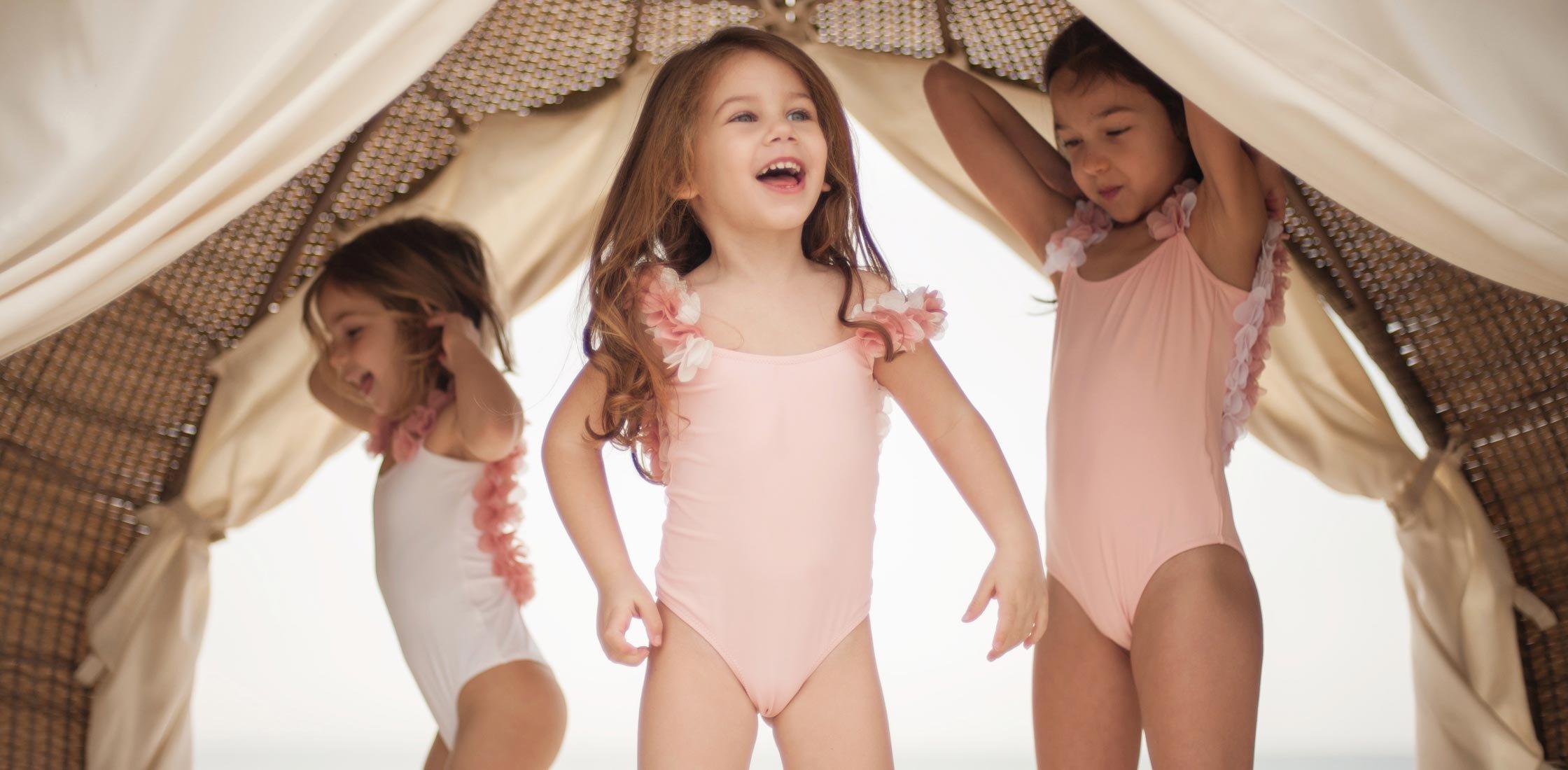 Купальники для девочек